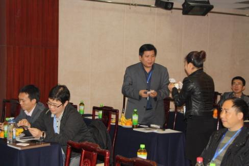活动前的交流(北京RCC关系网老友会)